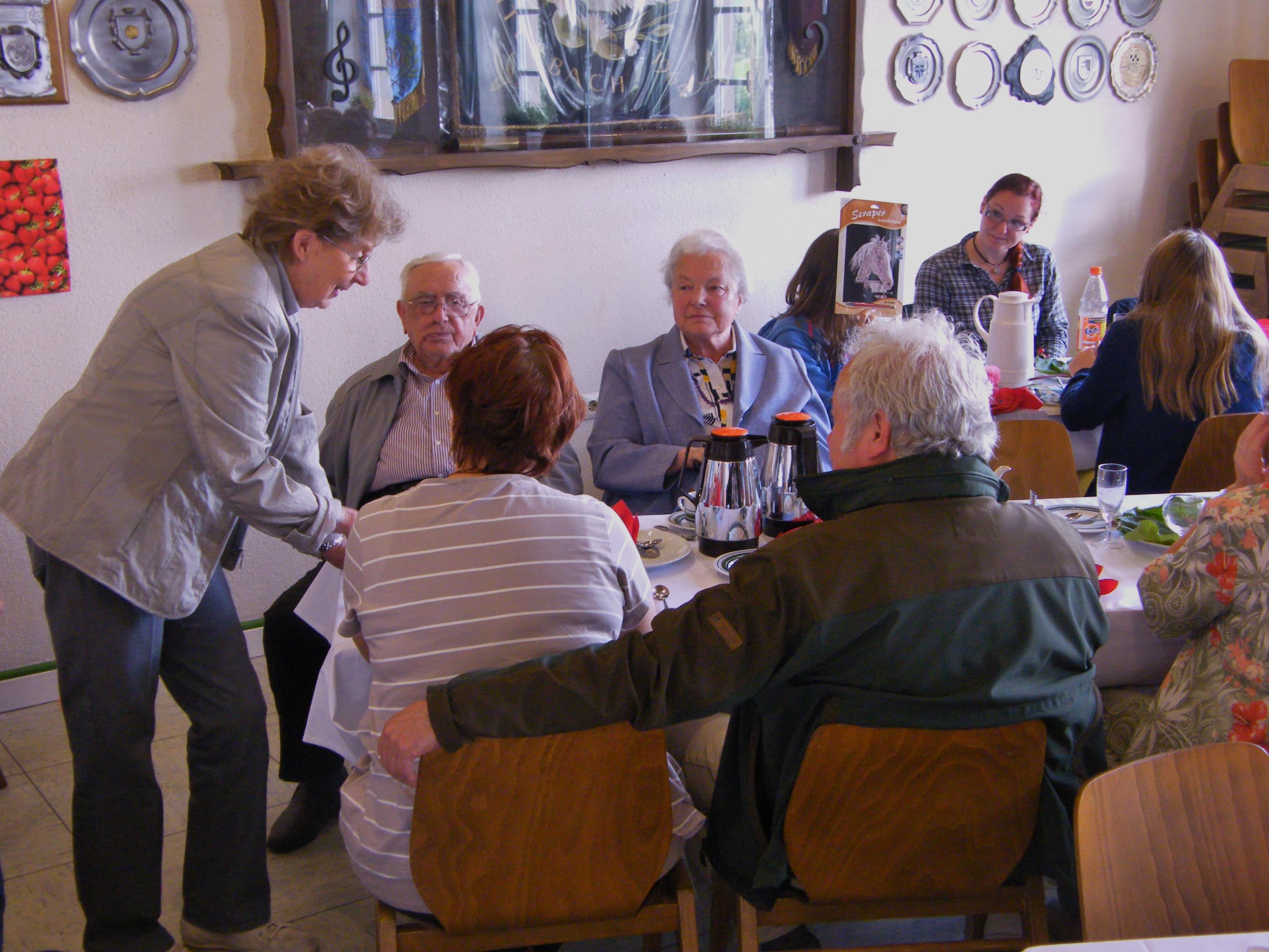 Dorfcafe im Juni 2013 – Bericht und Bilder