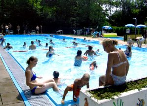 schwimmbad_02